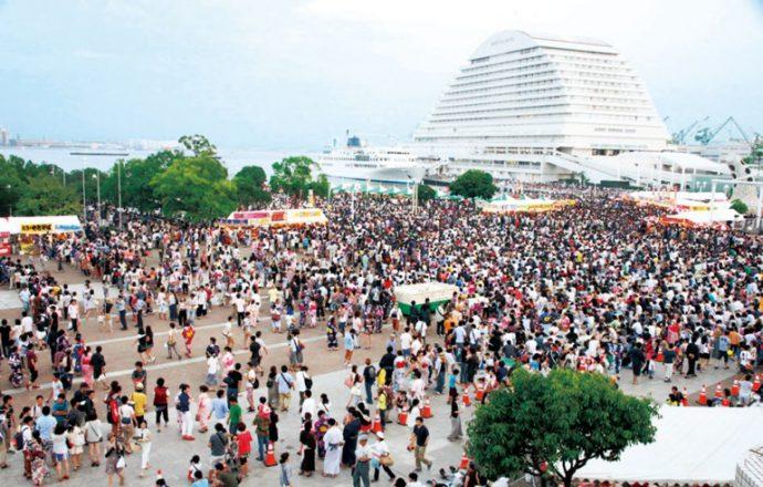神戸市は、神戸開港150年に向け、「海フェスタ」開催都市に正式に立候補。過去には1987年と2003年に開催地となっている