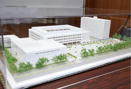 神戸学院大学附属高等学校の新校舎の全景模型