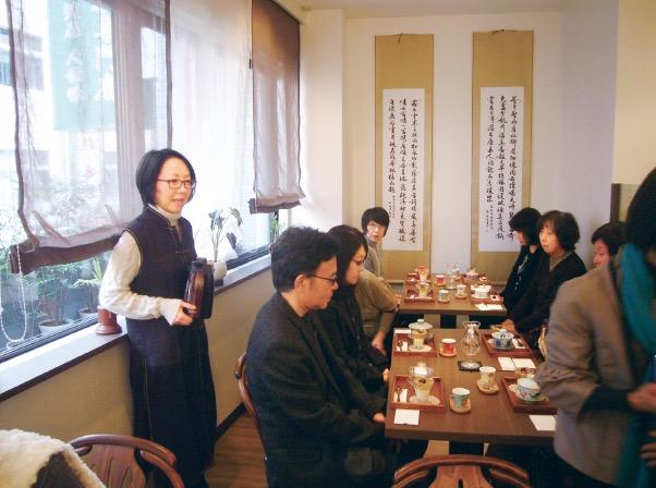 天福茗茶のカフェ「陸羽茶藝館」で品茶に挑戦
