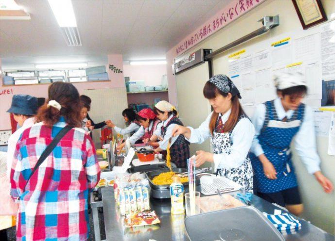 兵庫ヤクルトエリア内にある30センターで年に1回開催される「センターふれ愛イベント」では、スタッフによる手づくりグッズがプレゼントされる。 ヤクルトスタッフが楽しみながら企画する地域イベントとして定着している
