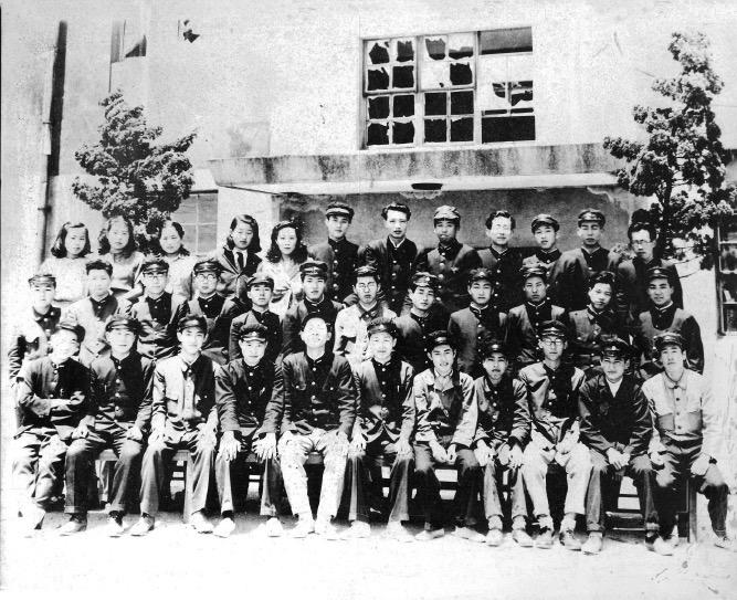 1946年に設立された神戸市立外事専門学校