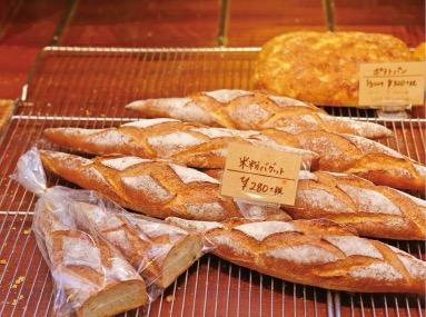 洋と和の融合を。米粉を使用したパンも並ぶ(写真はイメージ)