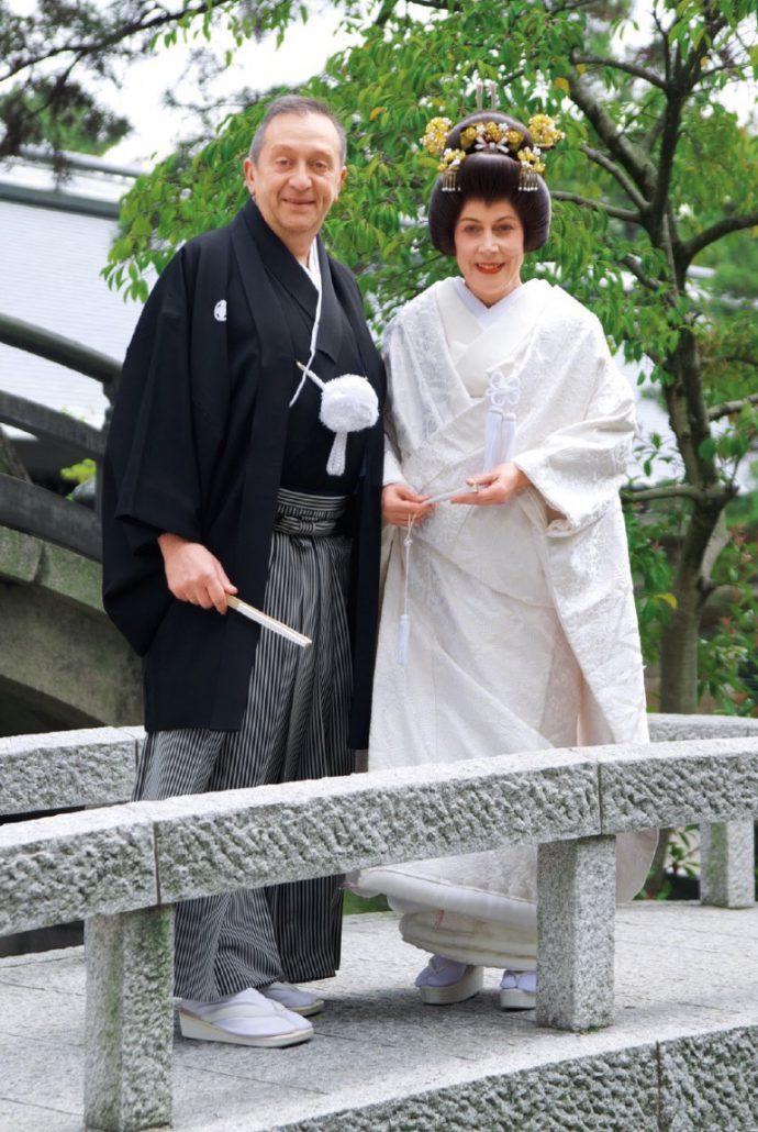 西宮神社で挙式したブルノーさんとエルザさん(撮影:浮田輝雄)