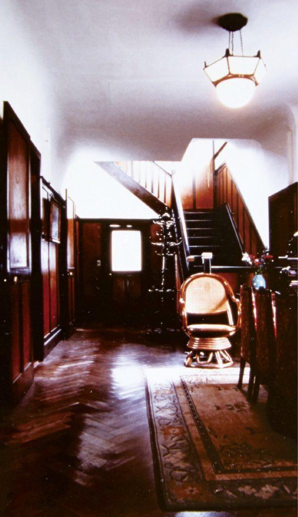 竹内才次郎邸の1階玄関ホール(現存せず)