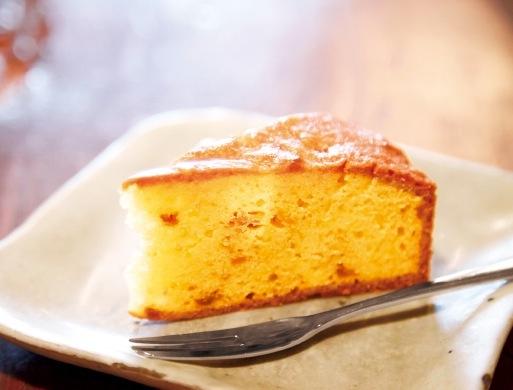 春日町の工房「Feu」のいちじくのパウンドケーキ