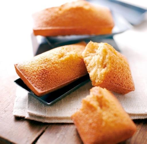 焦がしバターとアーモンドの深い旨味をしっとりととじ込めたフィナンシェ(ノワ・ドゥ・ブール)