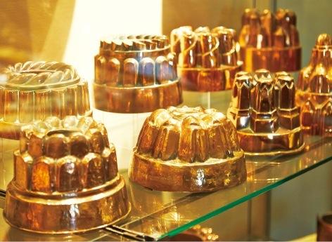 クグロフ等の銅製の菓子型