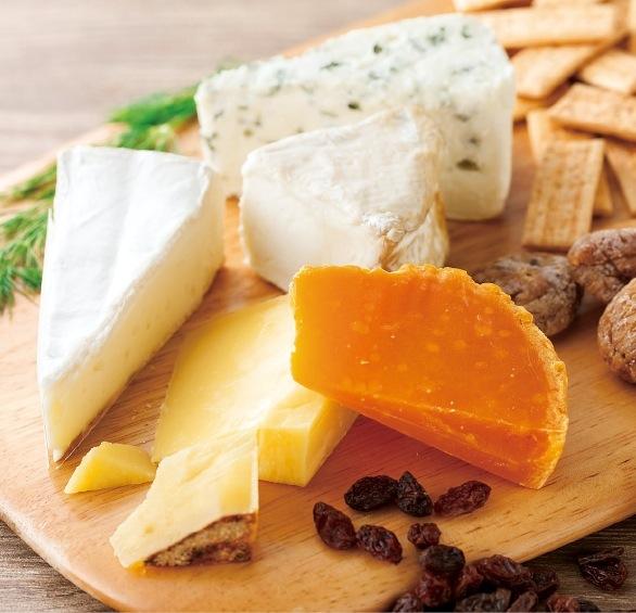 チーズ いかりフロマージュテリア大丸神戸店に続くチーズコーナーは、「カットルーム」を常設