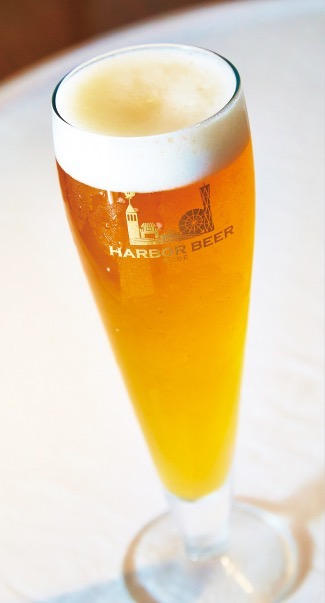 「ハーバービア 神戸ゴールデンエール」 生ビール(900円)