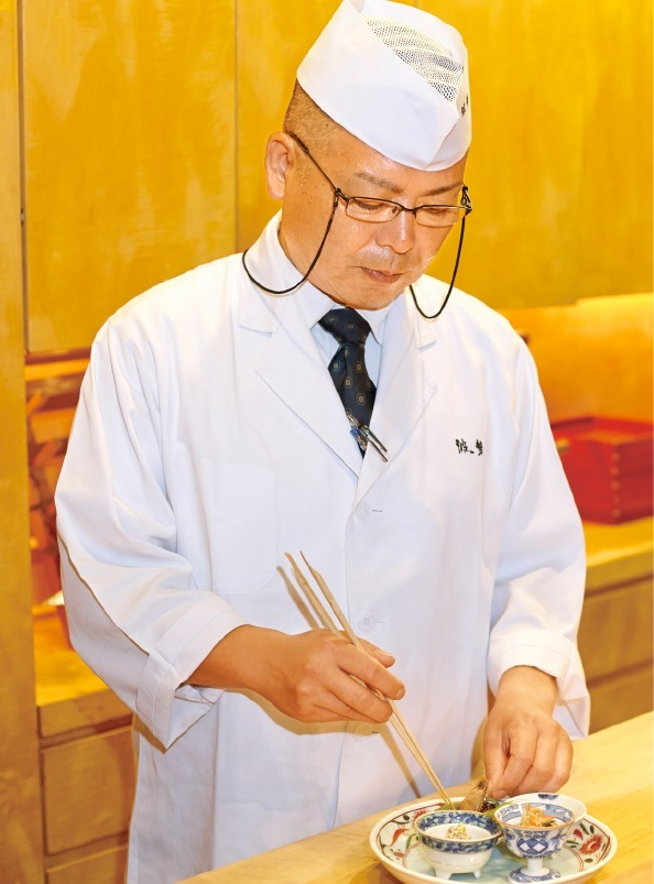 伝統を踏まえながら新しいものも積極的に取り入れる料理長・濱口大介さん