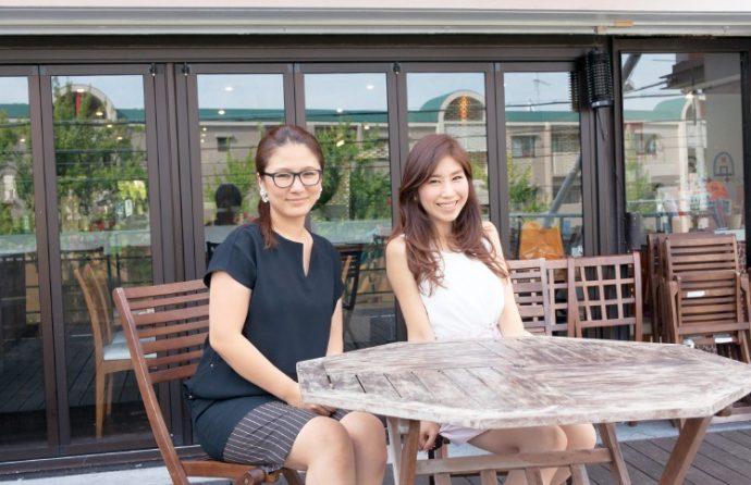 海星女子学院の後輩・岸本有加さんと。小学生から一緒なので家族みたいに仲が良い