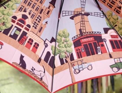 オカダオリジナル傘はほぐし織りで模様が織り込まれています