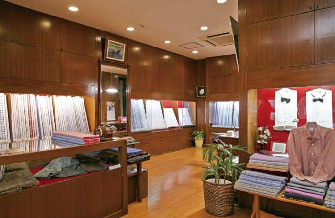 ヨーロッパと国産の生地がずらりと並ぶ神戸本店
