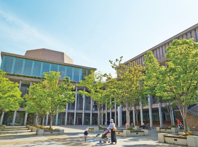 兵庫県立芸術文化センターは、阪神間の文化拠点でもある
