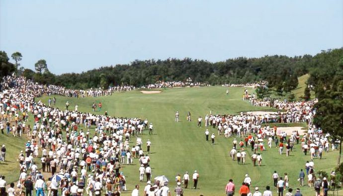 今から32年前の1983年に、六甲国際ゴルフ倶楽部で日本オープンゴルフ選手権が開催された