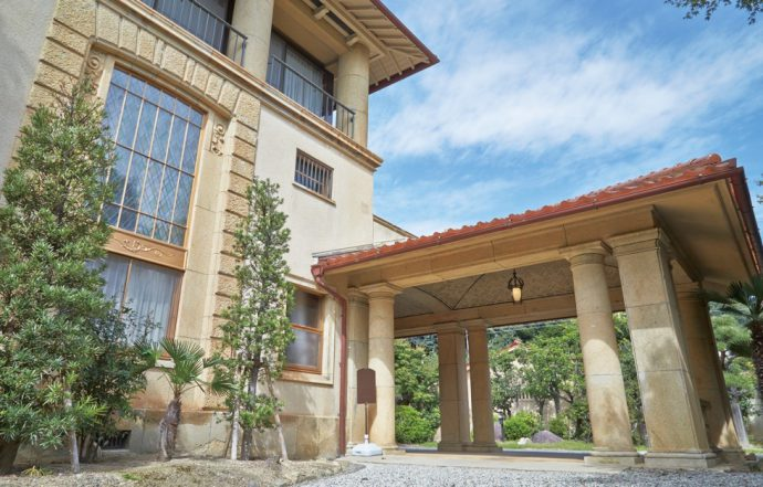名建築家と謳われた渡邊節の設計により、乾汽船会社社長の邸宅として建てられた