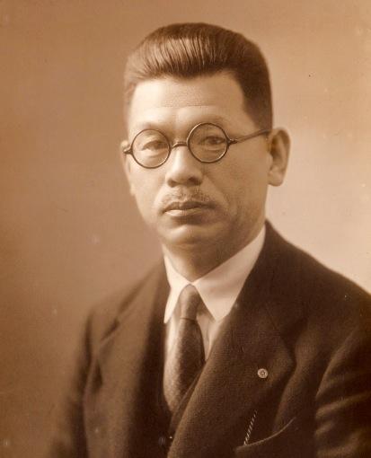 芦屋に邸宅を構えた豪商・山本發次郎氏。卓越した美術品愛好家でもあった