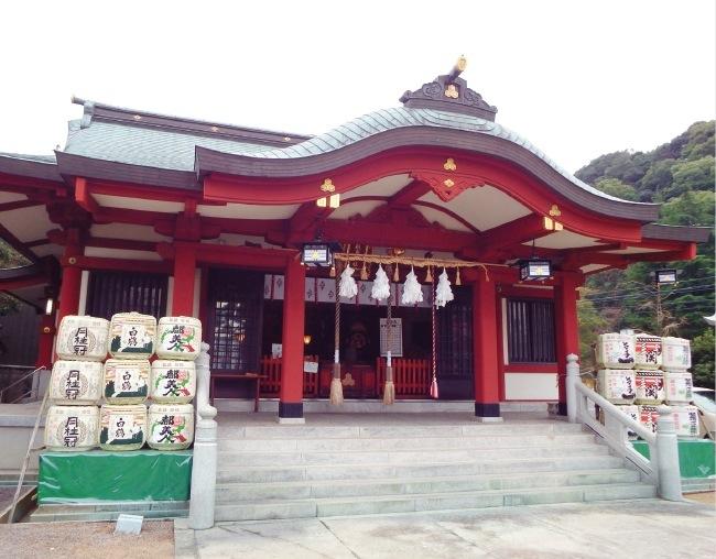 淡路の弁天さんと親しまれる厳島神社