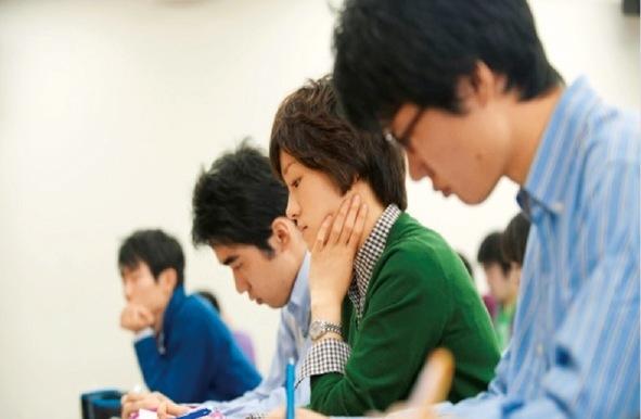 授業では、1年次から実習を多く取り入れている