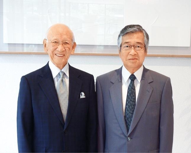 左から瀧川博司会長と大畑登志夫専務理事