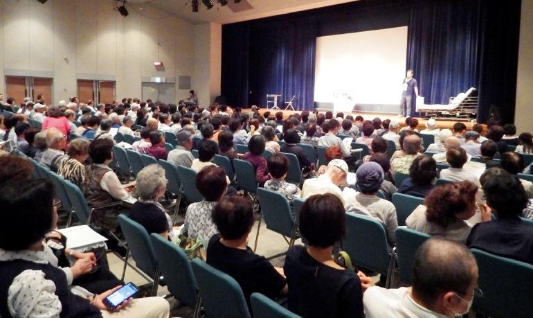 会場は超満員。年々来場者が増えている