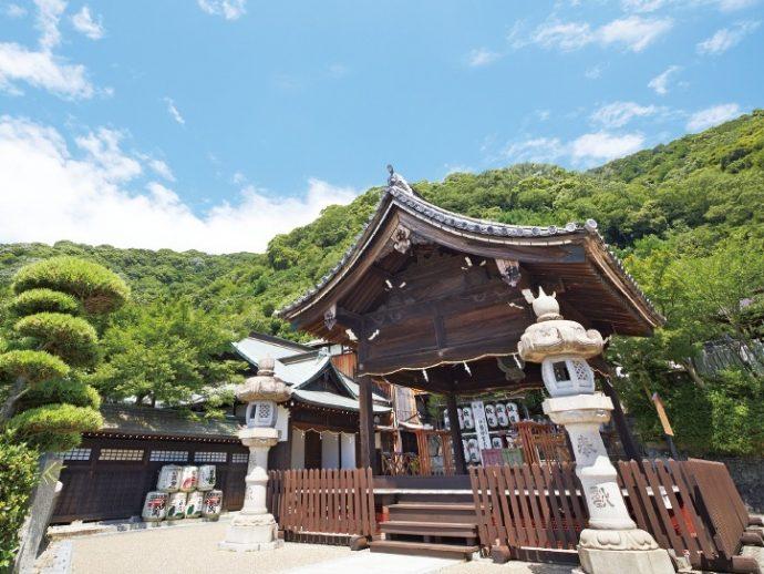 北野町の高台に静かに佇む北野天満神社