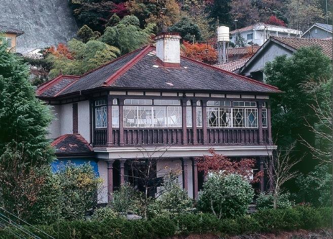 思い出のトーセン邸。昭和51年。「トーセンのおばあさんに可愛がってもらった」と佐藤さん