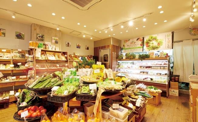 九州から北海道まで、旬のおいしい時期に合わせた野菜を「産地リレー」で仕入れる