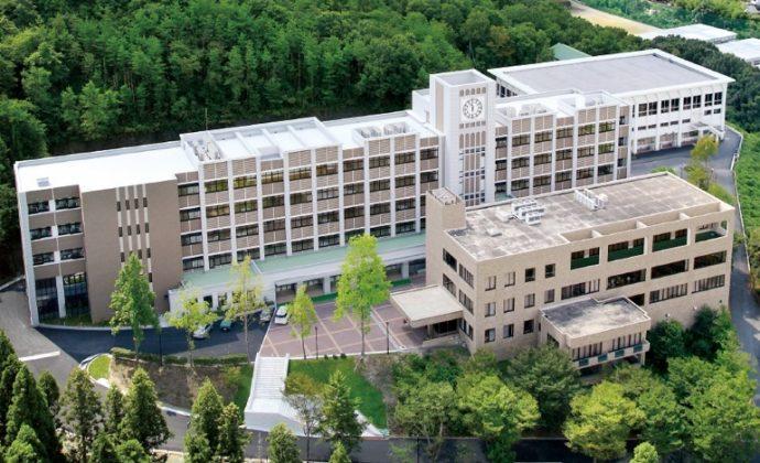 岡山県にある兄弟校・岡山白陵は、創立40周年を迎えた